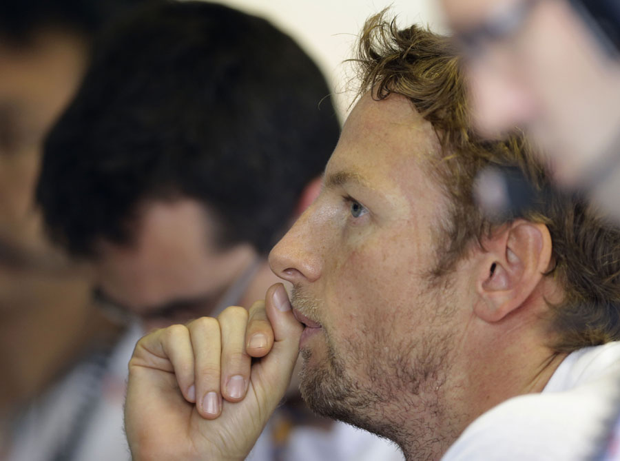 15927 - Button wary of Massa and Vettel at Monza