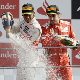 Lewis Hamilton won the Italian Grand Prix but Fernando Alonso extended his championship lead