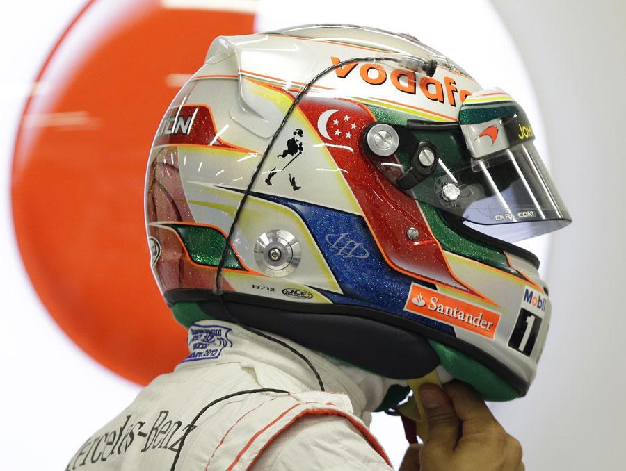 Lewis Hamilton sports a new helmet design