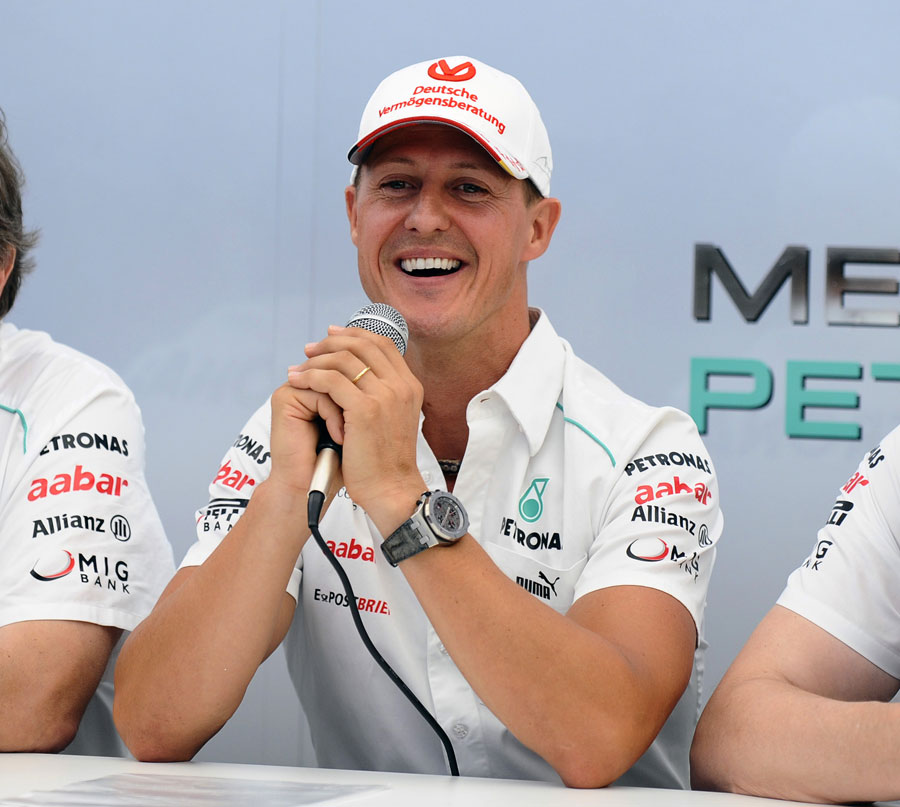 Michael Schumacher announces his second retirement to the press