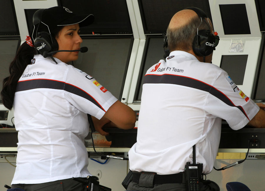 Peter Sauber and Monisha Kaltenborn on the pit wall