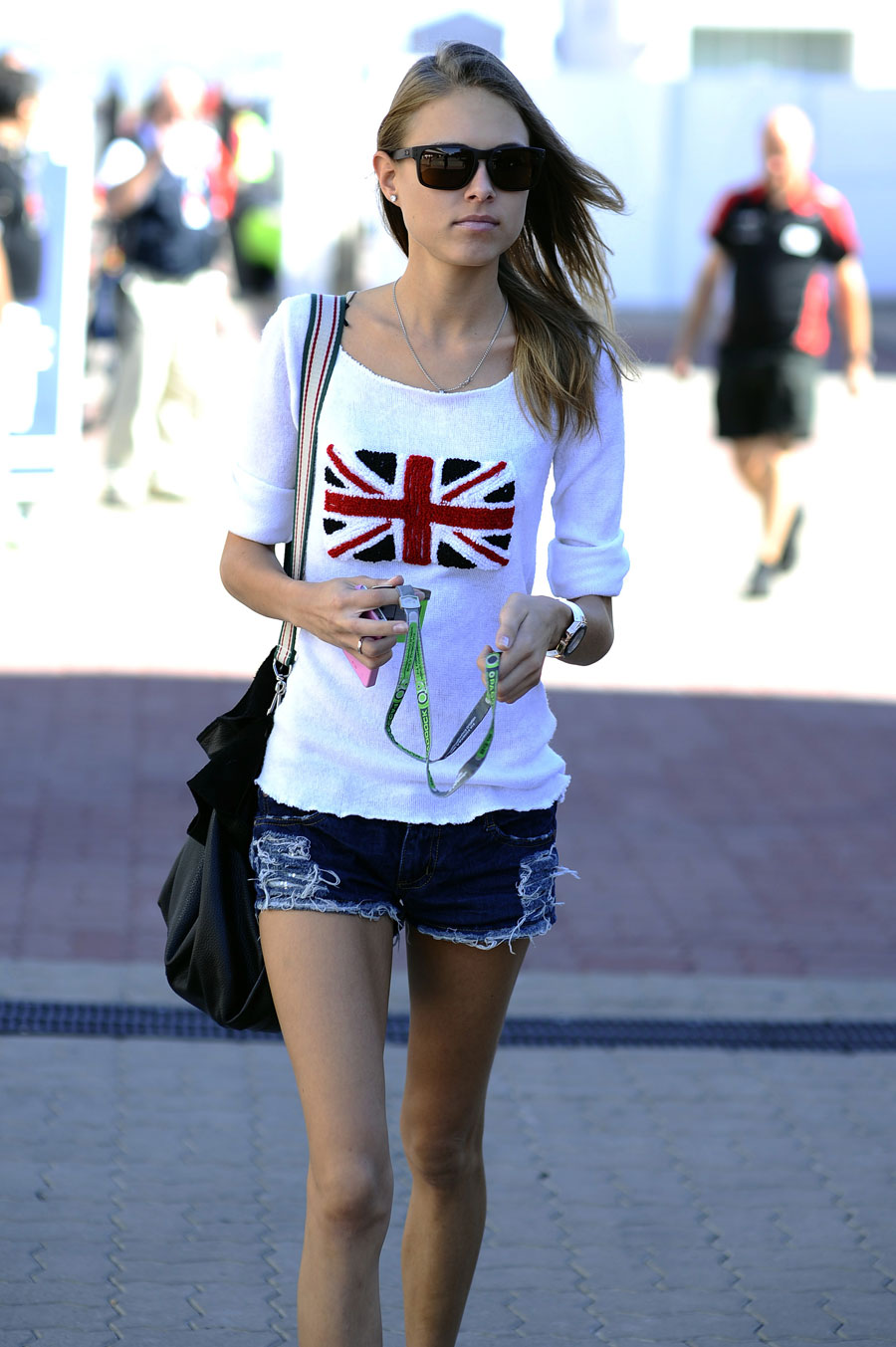 Fernando Alonso's girlfriend Dasha Kapustina arrives in the paddock