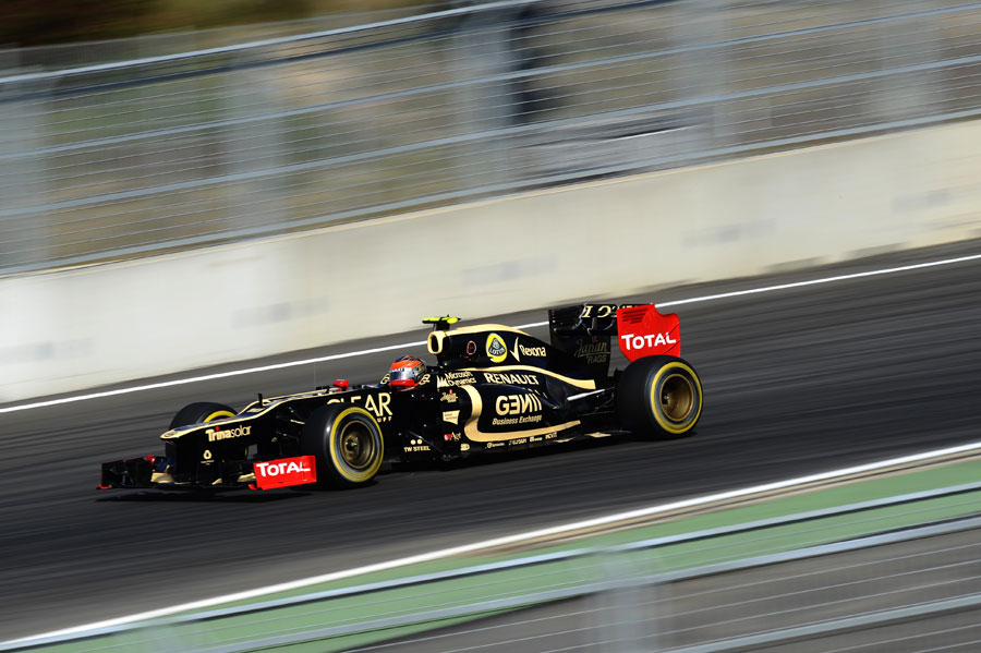 Romain Grosjean at speed in sector one