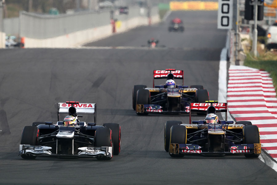 Jean-Eric Vergne and Daniel Ricciardo hound Pastor Maldonado's Williams