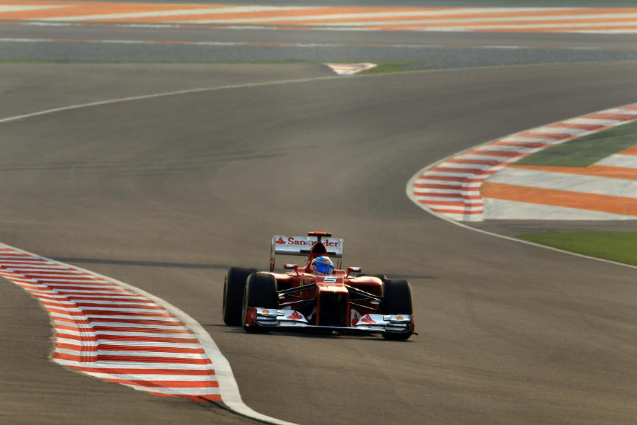 Fernando Alonso on a soft tyre run during FP2