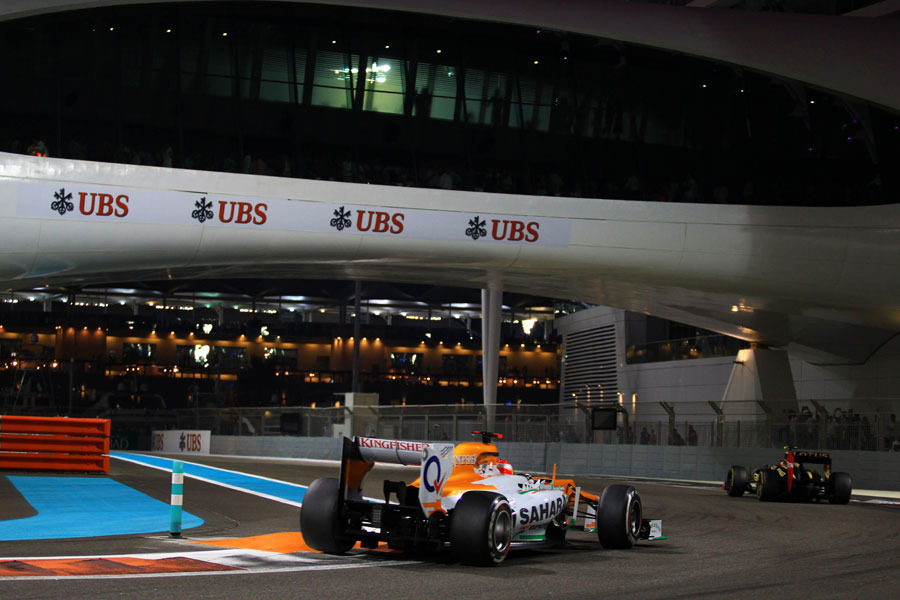 Paul di Resta chases Romain Grosjean