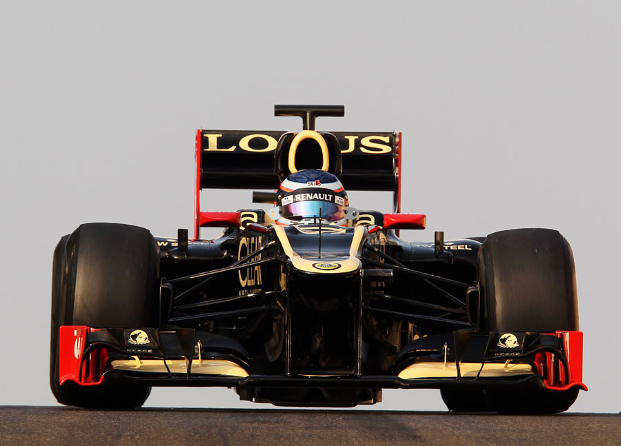 Edoardo Mortara on track in a Lotus