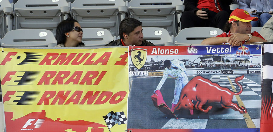 Fernando Alonso fans in the grandstand on Saturday morning