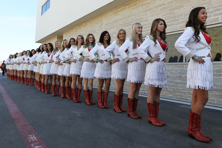 Grid girls in the pit lane on Saturday