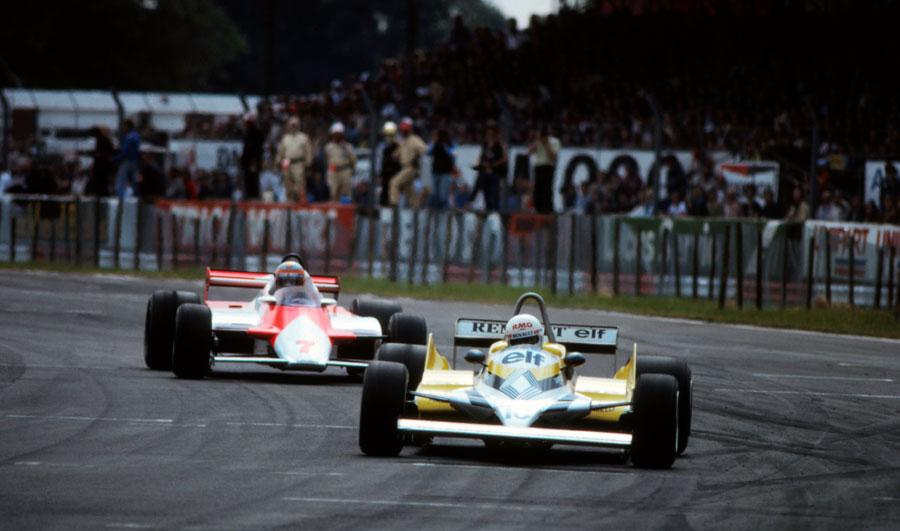 John Watson hunts down Rene Arnoux