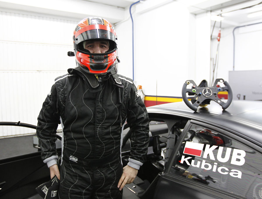 Robert Kubica prepares for his Mercedes DTM test