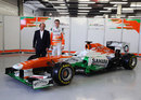 Deputy team principal Bob Fernley and Paul di Resta with the new Force India VJM06