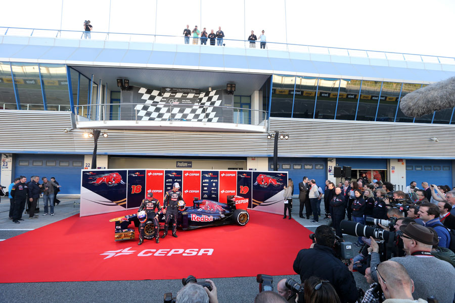 Daniel Ricciardo and Jean-Eric Vergne with the new Toro Rosso STR8 in the Jerez pit lane