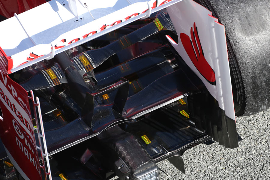 Rear wing detail on the Ferrari F138