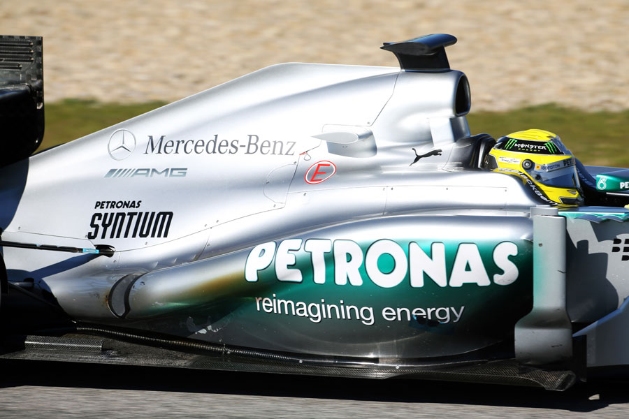 Heat discolouration on Nico Rosberg's Mercedes