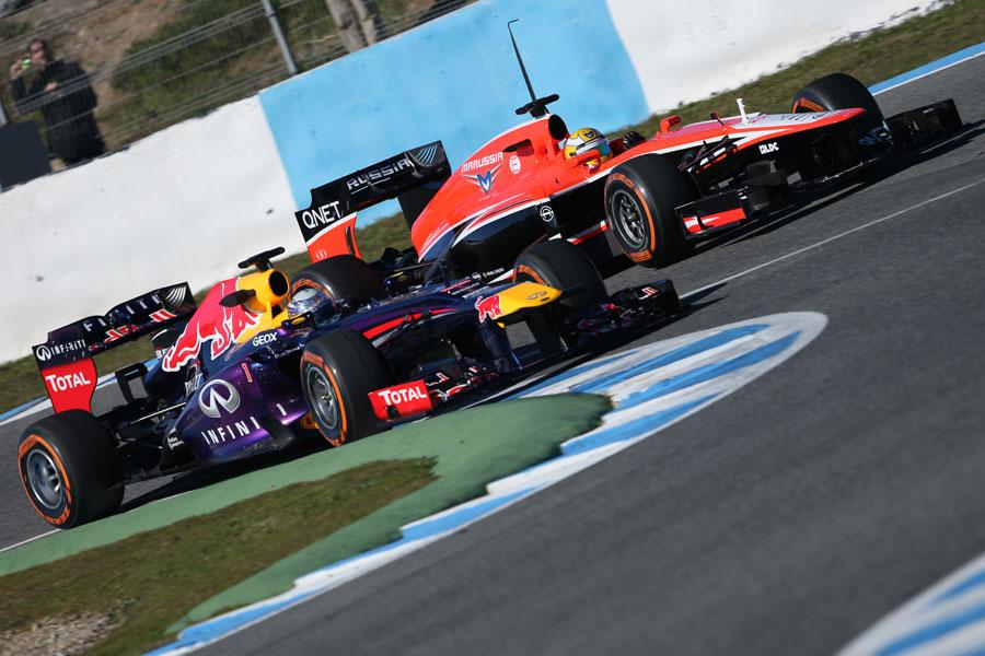 Sebastian Vettel overtakes Luiz Razia