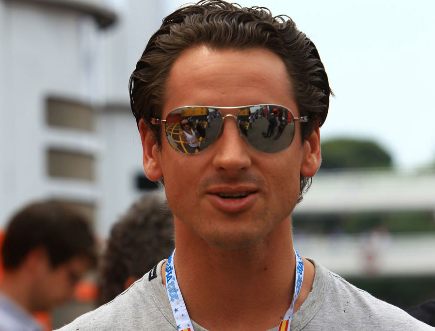 Adrian Sutil in the paddock