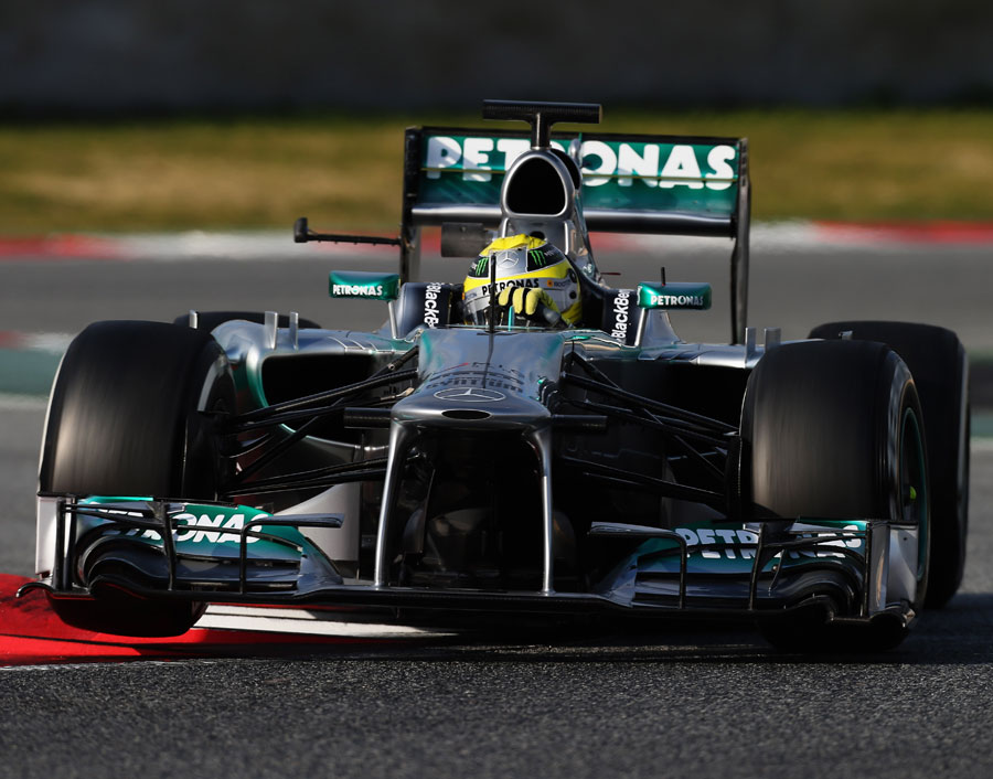 Nico Rosberg tackles the final chicane