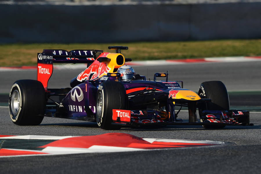 Sebastian Vettel attacks the chicane on medium tyres