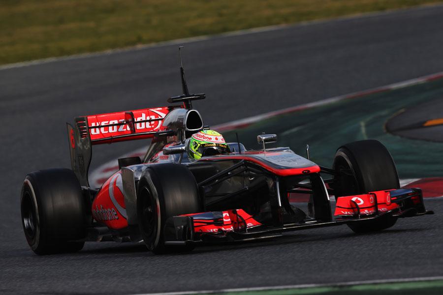 Sergio Perez exits turn seven