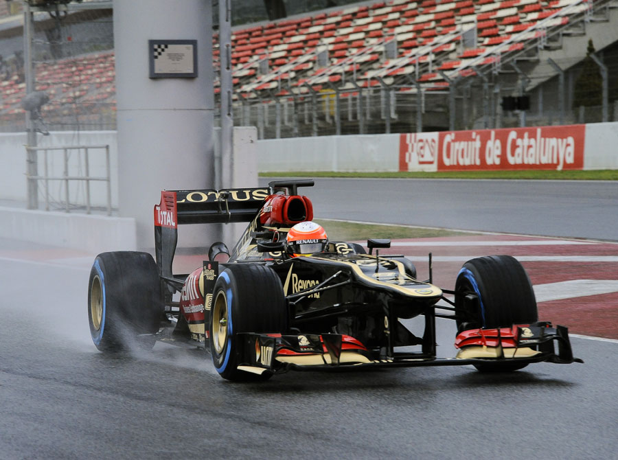 Romain Grosjean leaves the pits