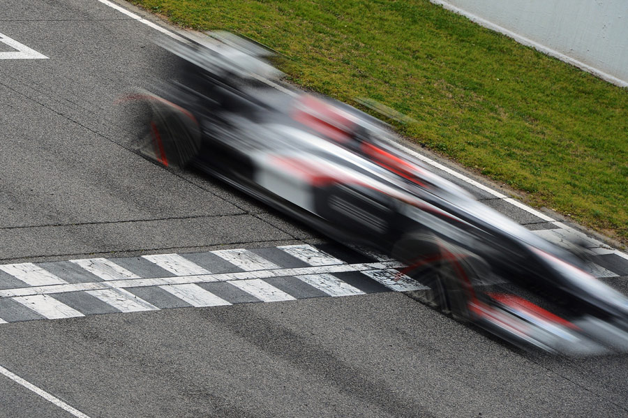 Nico Hulkenberg at speed in the Sauber