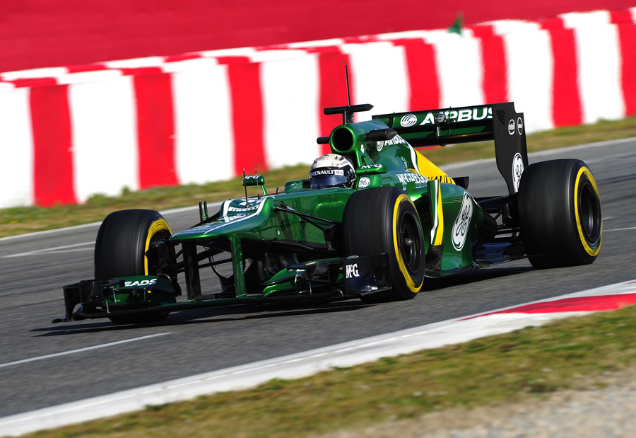 Giedo van der Garde comes through to start another lap