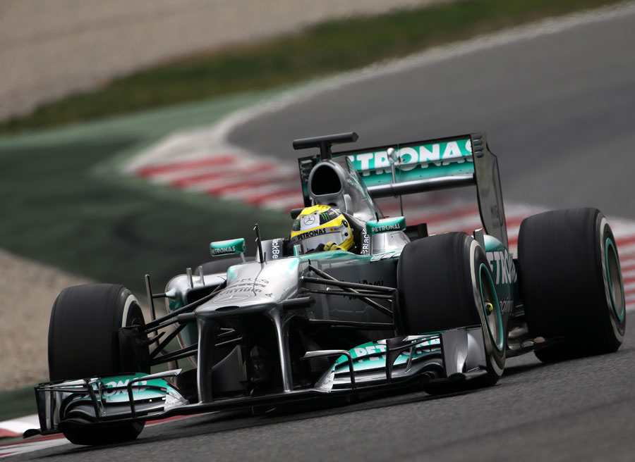 Nico Rosberg attacks the Barcelona circuit in the Mercedes