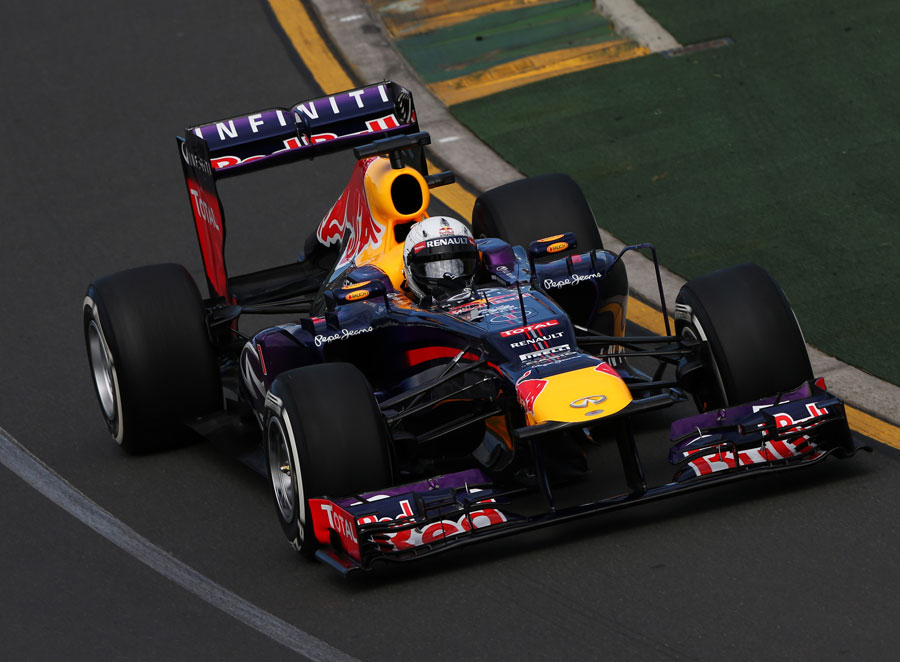Sebastian Vettel attacks the opening corners