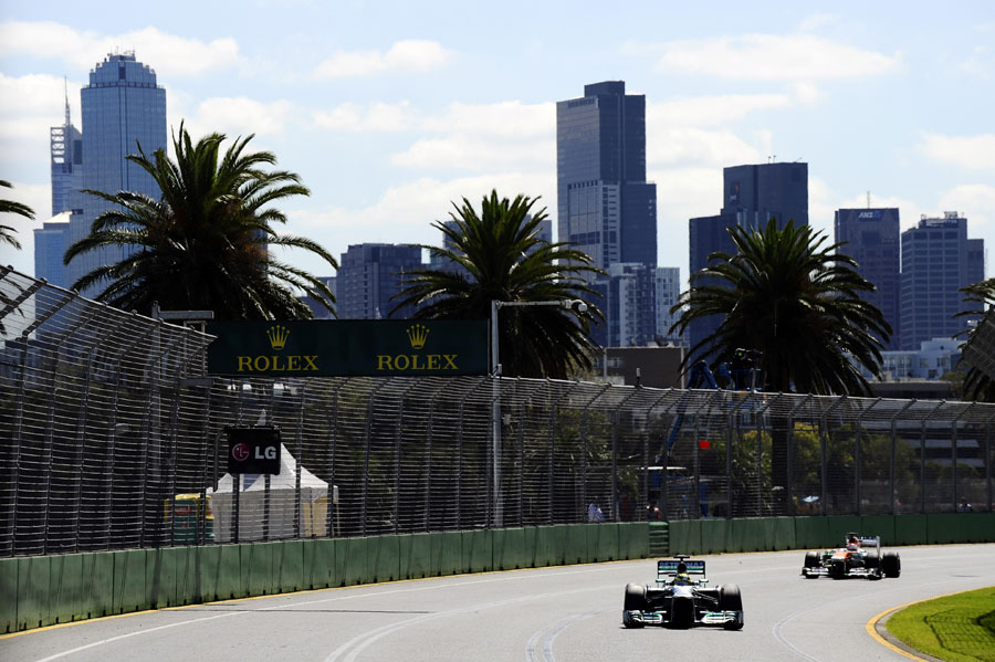 Nico Rosberg attacks the middle sector