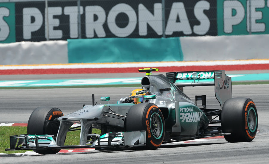 Lewis Hamilton on the hard tyres