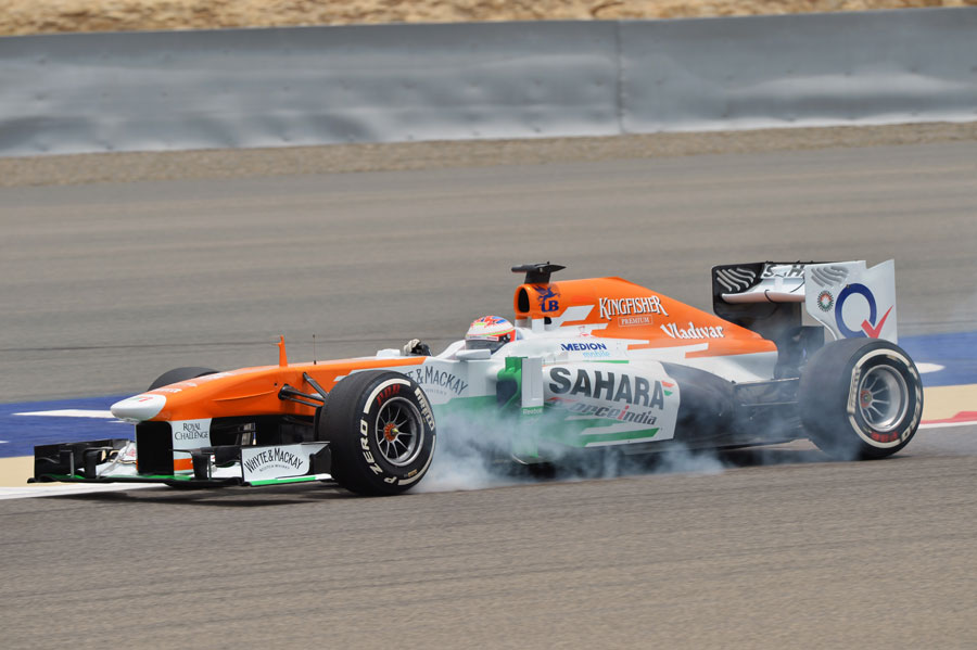 Paul di Resta locks up his front left under braking