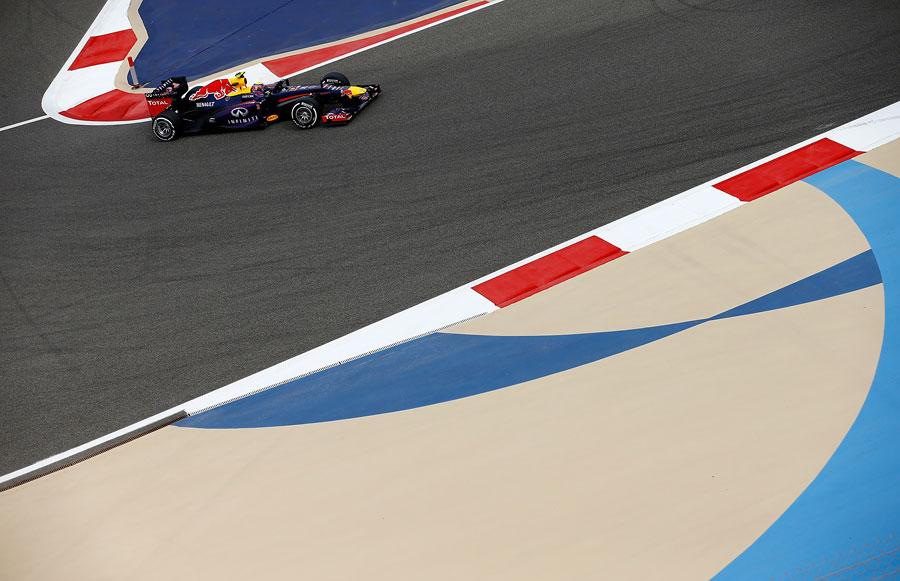 Mark Webber rounds turn 10