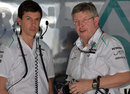 Toto Wolff and Ross Brawn in the Mercedes garage