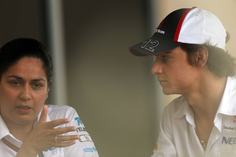 Monisha Kaltenborn chats to Esteban Gutierrez in the paddock