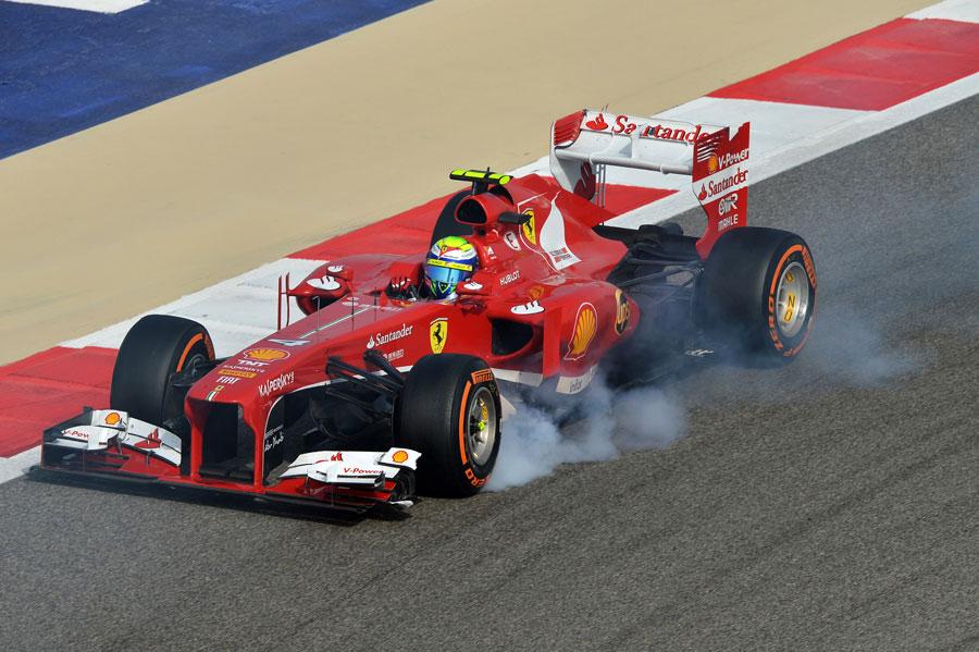 Felipe Massa locks up attacking turn 10
