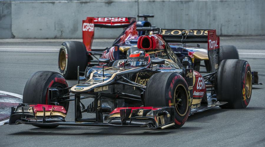 Kimi Raikkonen ahead of Jean-Eric Vergne