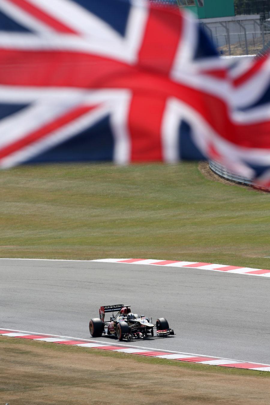 Davide Valsecchi on track in the Lotus E21