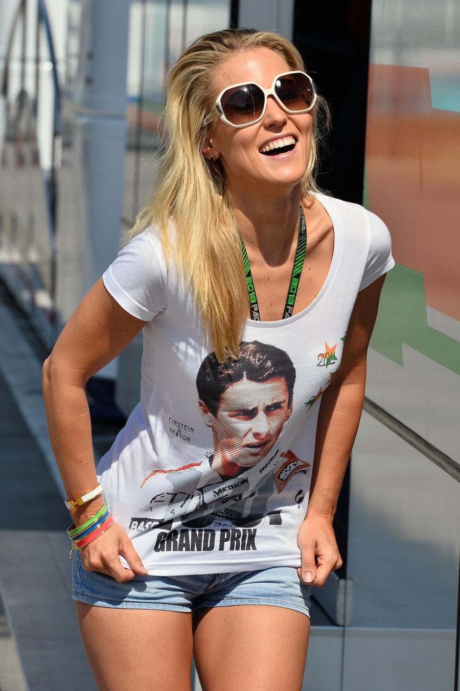 Adrian Sutil's girlfriend, Jennifer Becks, celebrates her boyfriend's 100th race