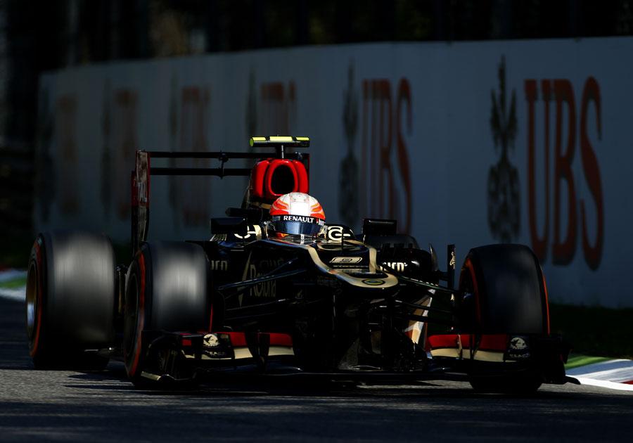 Romain Grosjean with his DRS flap wide open
