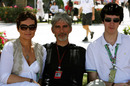 1996 champion Damon Hill with his family