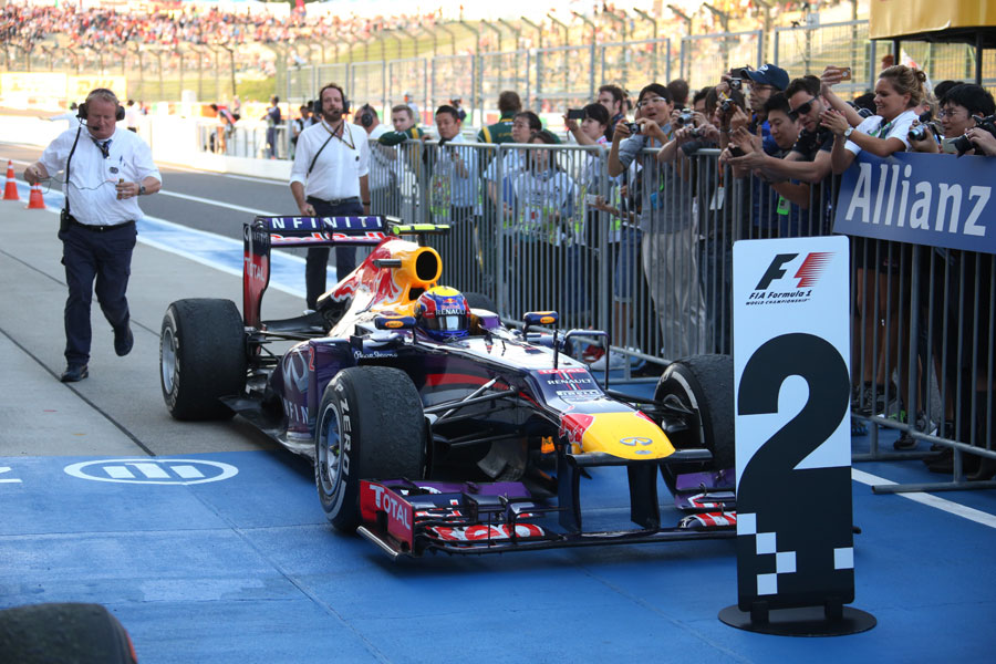 Mark Webber returns to parc ferme