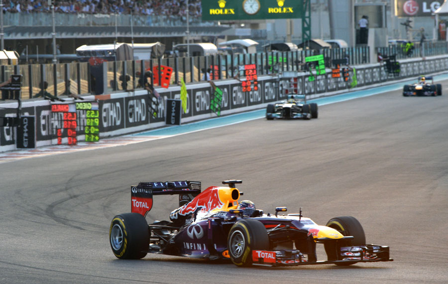 Sebastian Vettel stretches his lead early in the race