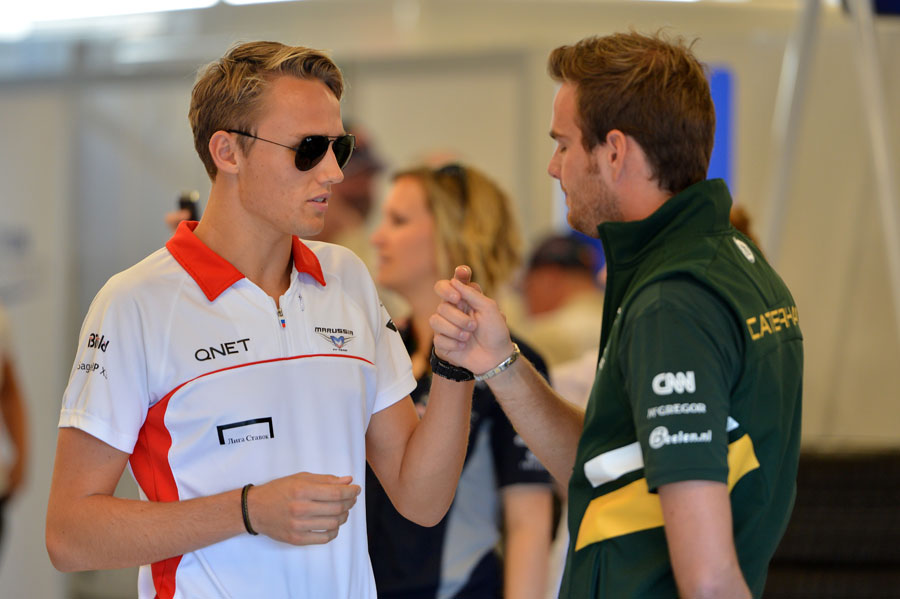 Max Chilton chats to Giedo van der Garde ahead of the driver parade
