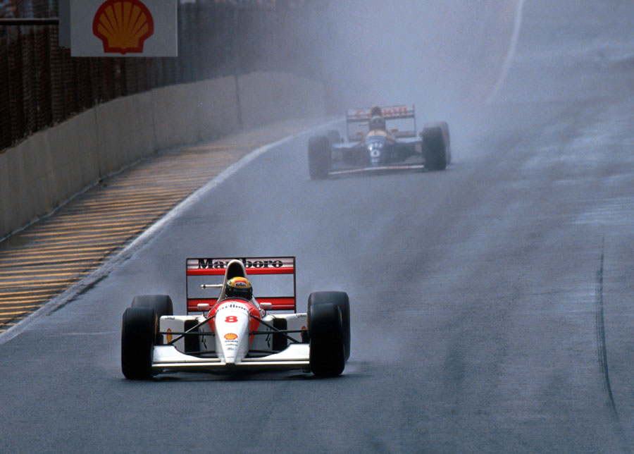 Ayrton Senna leads Damon Hill during the 1993 Brazilian Grand Prix