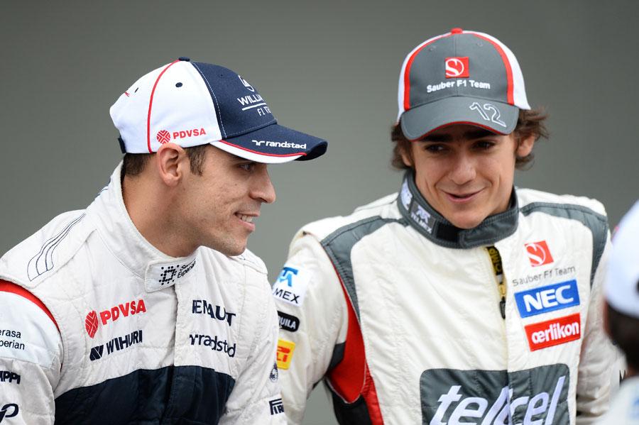 Pastor Maldonado chats to Esteban Gutierrez on the driver parade