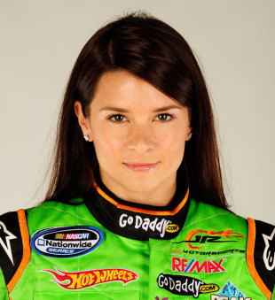 IndyCar Series' Katherine Legge leads team of six female racers to ...