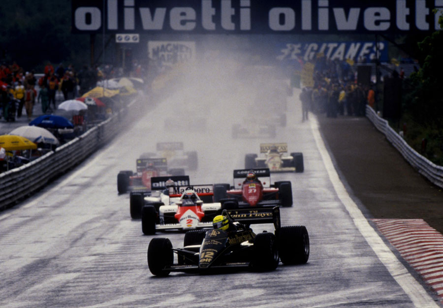 Ayrton Senna leads the field into La Source