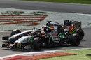 Sergio Perez holds off Jenson Button through the Retifillo