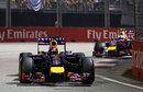 Daniel Ricciardo stalks Sebastian Vettel